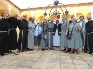 frati e suore Assisi