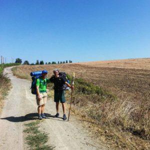 Postulanti pellegrini sulla via francigena
