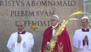 Domenica delle palme papa Francesco